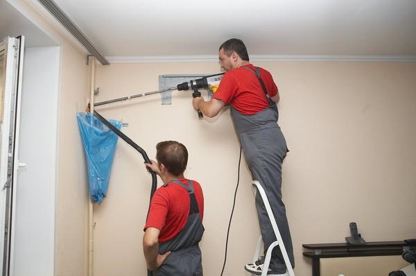 Бурить стену при установке кондиционера